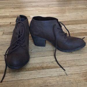 Rocket Dog size 8.5 heeled boots